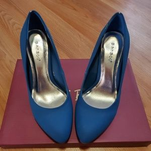 Bamboo Vinnie blue heels size 7½ usa